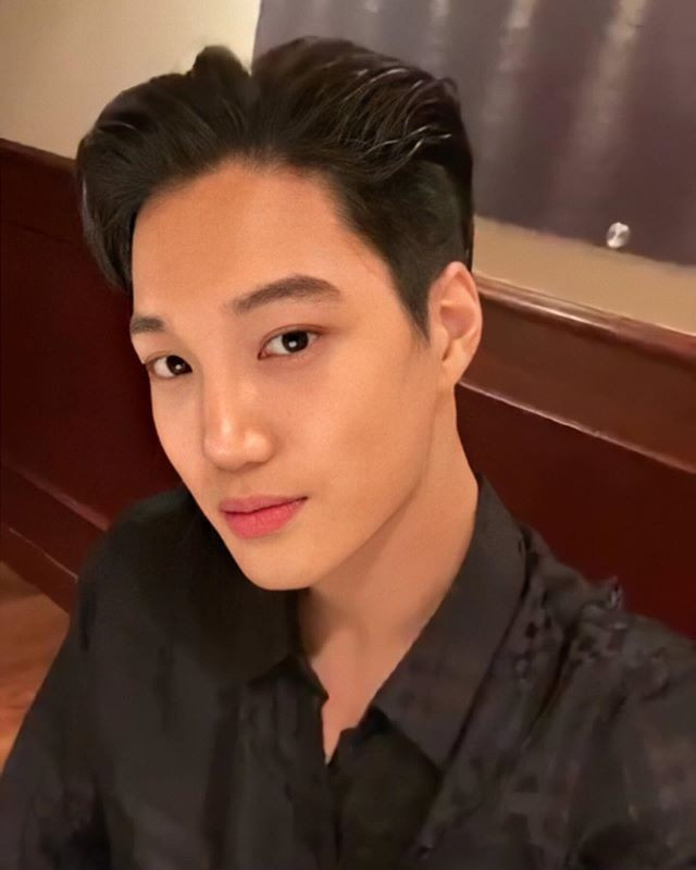 EXO's Kai Proudly Shows His Home In The 'Home Alon (I Live Alone)' Preview