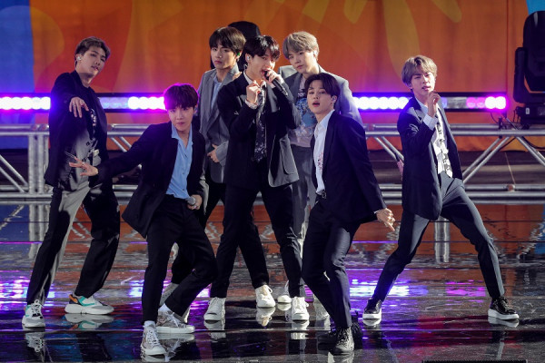 Watch BTS's First Performance For 2021 In The Golden Disc Awards
