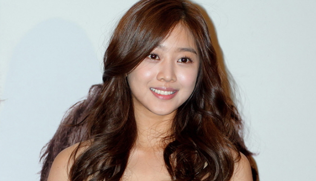Actress Jo Bo Ah Oficially Signs Exclusive Contract With KeyEast, Agency Confirms